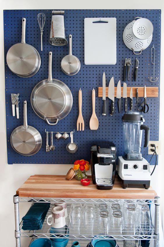 na cozinha dão o charme além de deixar tudo à mão